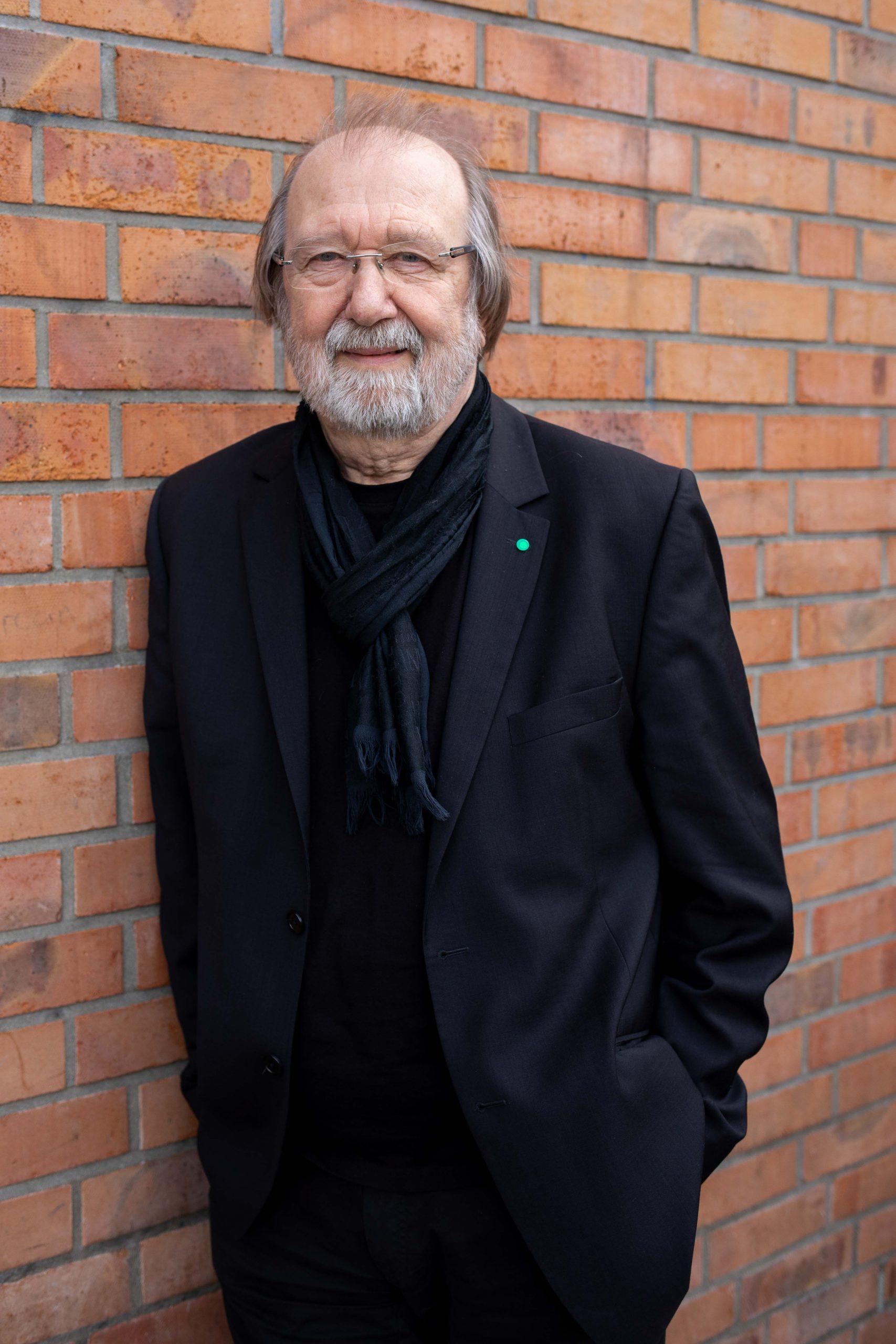 Prof. Manfred H. Wolff, Beisitzender